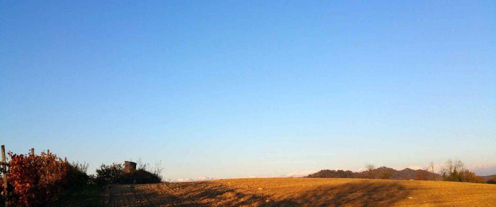 aria pulita sulle colline astigiane presso il B&B casa vacanze e centro di meditazione a Passerano Marmorito