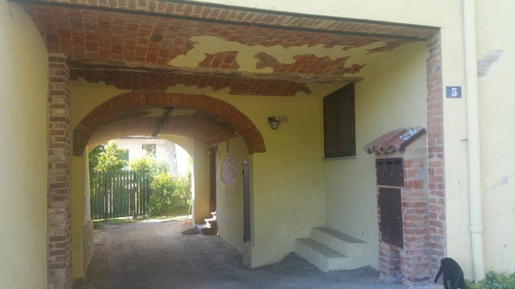 Ingresso casa vacanze Casa Zib Passerano Marmotito Asti