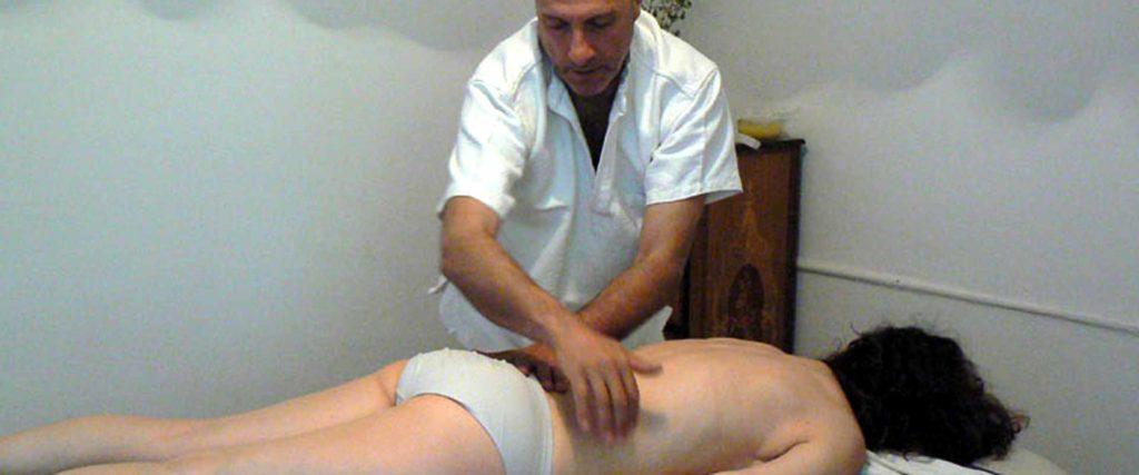 Trattamento busto massaggio Bodhi Vipal presso B&B &