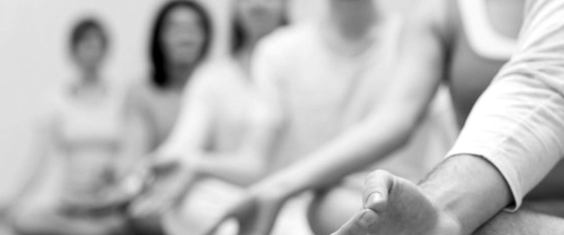 Gruppo gratuito meditazione attiva tenuto da Vipal B&B & Meditation Center Zorba il Buddha Passerano Marmorito Asti