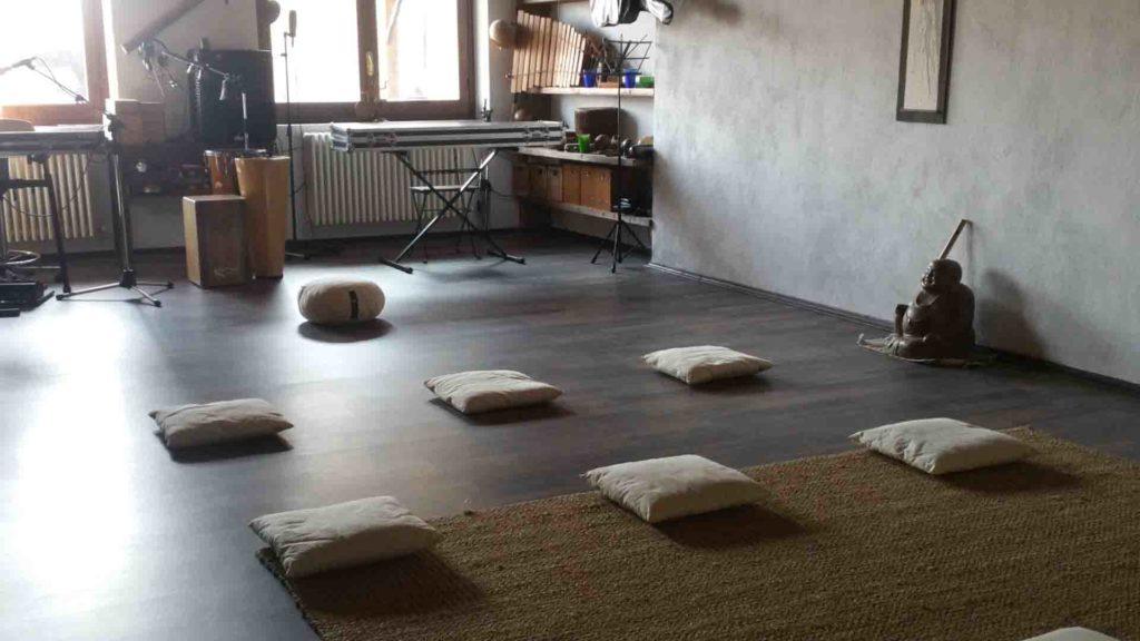 Buddha hall sala meditazione sala musica B&B & Meditation Center Zorba Il Buddha Passerano Marmorito (AT)