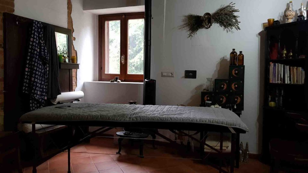 Sala massaggio B&B & meditation Center Zorba Il Buddha Passerano Marmorito (AT)