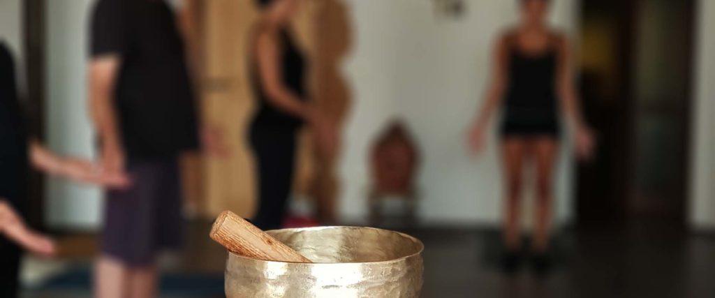 meditazione attiva mani di cuore chacra mani Conduce Vipal Antonio Gualdi Centro Meditazione Zorba Il Buddha