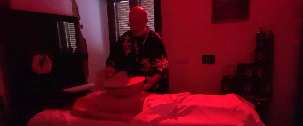 Massaggio riequilibrio energetico movimento dei chakra meditativo  Vipal Antonio Gianfranco Gualdi Centro di meditazione Zorba Il Buddha